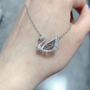 💧SWAROVSKI DANCING SWAN125th Anniversary necklace